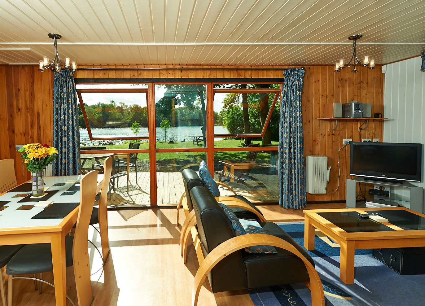 York Lakeside Lodges Maple Lodge