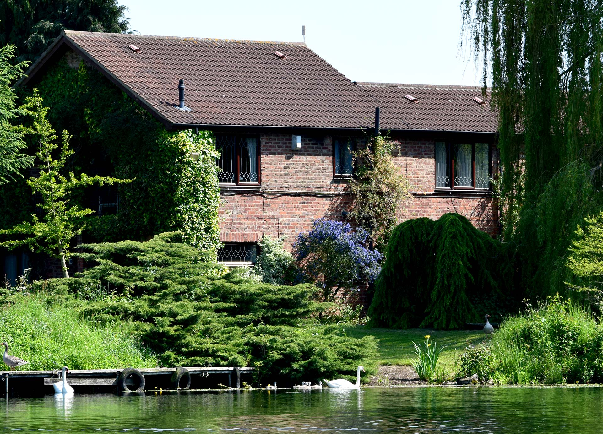 Cherry Cottage Self Catering Lodges York Lakeside Lodges