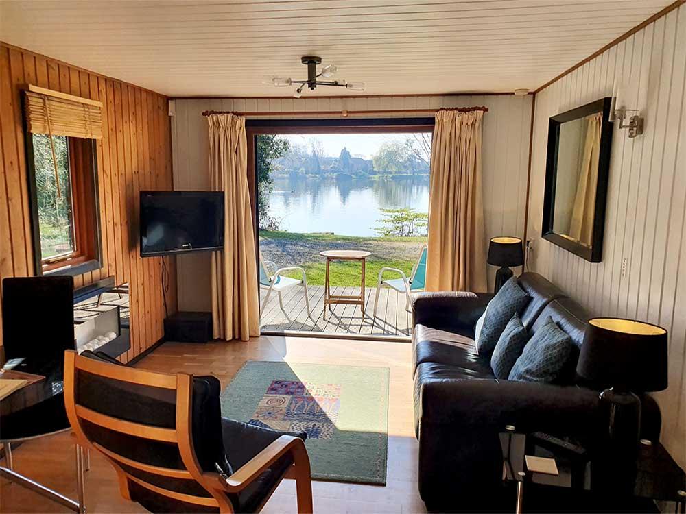 York Lakeside Lodges Oak Lodge